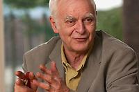 16 DEC 2004, BERLIN/GERMANY:<br /> Adolf Muschg, Schriftsteller und Praesident der Akademie der Kuenste, Berlin, waehrend einem Interview, Akademie der Kuenste<br /> IMAGE: 20041216-03-023<br /> KEYWORDS: Präsident Akademie der Künste