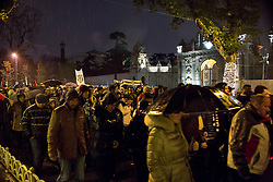 Anti-Terror Proteste in Istanbul - Fussballfans marschieren zum Stadion / 121216<br /> <br /> *** Turkish people march under heavy rain to protest Saturday's twin terror attacks toward a soccer stadium in Istanbul, Monday, December 12, 2016.  Nearly 44 people, mostly police officers lost their lives after twin bomb attacks outside the stadium in Istanbul Saturday night following a soccer game.  ***