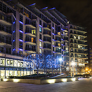 Battersea Reach, il lussuoso complesso lungo il Tamigi a Battersea. <br /> <br /> Battersea Reach, the luxury complex along the Thames in Battersea