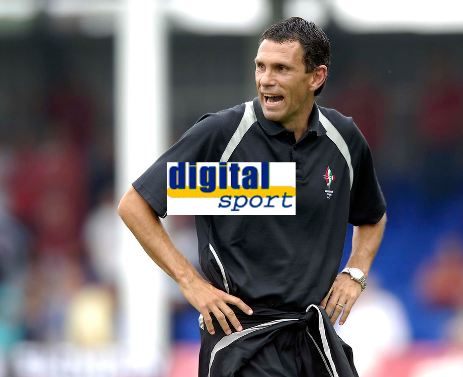 Photo: Jed Wee.<br />Hartlepool United v Swindon Town. Coca Cola League 2.<br />05/08/2006.<br /><br />Swindon assistant manager Gustavo Poyet.