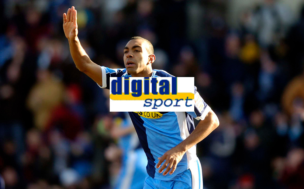 Photo: Richard Lane.<br />Wycombe Wanderers v Oxford United. Coca Cola League 2. 25/02/2006. <br />Wycombe's Kevin Betsy celebrates his goal.