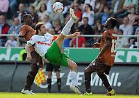 Fotball<br /> Tyskland<br /> 23.04.2011<br /> Foto: Witters/Digitalsport<br /> NORWAY ONLY<br /> <br /> v.l. Charles Takyi, Torsten Frings, Gerald Asamoah (St. Pauli)<br /> Bundesliga, FC St. Pauli - SV Werder Bremen 1:3