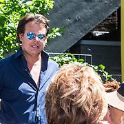NLD/Amsterdam/20140613 - Leco van Zadelhoff organiseert samen met Beau Monde Beau Bateau een vaartocht met vriendinnen, Leco