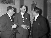 09/12/1960<br /> 12/09/1960<br /> 09 December 1960<br /> Irish Hotel Management Association dinner at the Metropole Hotel, Dublin. At the event were(l-r): Mr. Steve Foley, Shannon Arms Hotel, Limerick; Mr. Chris Andrews, Shannon Shamrock Hotel, Bunratty, Co. Clare and Mr. John Costelloe, Powers Royal Hotel, Dublin.
