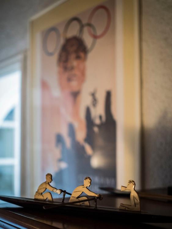 Rencontre avec Noël Vandernotte, double médaillé de bronze aux jeux olympiques de Berlin en 1936 à l'âge de douze ans, il est le plus jeune médaillé olympique de l'histoire des JO