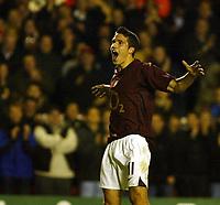 Photo: Chris Ratcliffe.<br />Arsenal v Sparta Prague. UEFA Champions League.<br />02/11/2005.<br />Robin Van Persie celebrates his second goal
