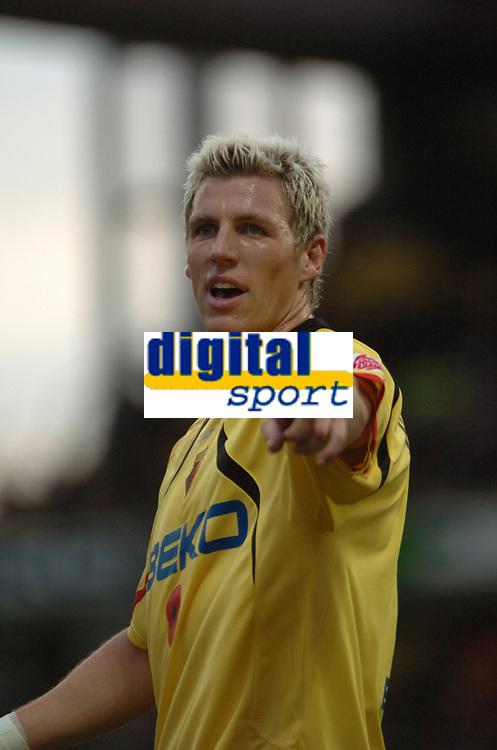 Photo: Tony Oudot/Sportsbeat Images.<br /> Watford v Colchester United. Coca Cola Championship. 10/11/2007.<br /> Darius Henderson of Watford