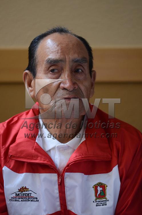 Toluca, México.- Fidel Negrete Gamboa, ex-atleta, durante conferencia de prensa, donde anunciaron la edición XXI de la Carrera Atlética Fidel Negrete Gamboa, en la capital mexiquense. Agencia MVT / Arturo Hernández.