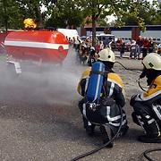 Huizerdag 2004, open dag brandweer, demonstratie, gastank