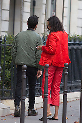 Justin Theroux and his girlfriend Laura Harrier out and about in Paris walking on Champs Elysee and going shopping at Ambassade de la Beaute and at Montaigne Market store during Paris Fashion Week Womenswear Spring - summer 2019 held in Paris, France on october 01, 2018. Photo by Nasser Berzane/ABACAPRESS.COM.