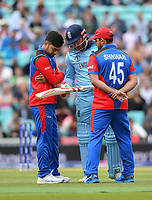 Cricket - 2019 ICC Cricket World Cup warm-ups - England vs. Afghanistan <br /> <br /> England's Jonny Bairstow inspects his bat before changing it, at The Oval.<br /> <br /> COLORSPORT/ASHLEY WESTERN