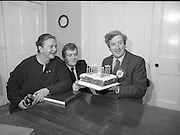 Garret Fitzgerald Birthday.1982.09.02.1982..02.09.1982..9th February 1982 .Garret Fitzgerald celebrates his 56th birthday..Photograph of Garret ,his wife Joan and son, Mark as they take time to clebrate his birthday at their Palmerstown home  .