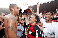 20091206: RIO DE JANEIRO, BRAZIL - Flamengo vs Gremio: Brazilian League 2009 - Flamengo won 2-1 and celebrated the 6th Brazilian Championship of its history. In picture: Adriano (L), Petkovic (C) and Leonardo Moura (R) celebrating victory. PHOTO: CITYFILES