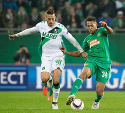 20.10.2016, Weststadion, Wien, AUT, UEFA EL, SK Rapid Wien vs US Sassuolo Calcio, Gruppe F, im Bild Antonino Ragusa (US Sassuolo Calcio), Joelinton (SK Rapid Wien) // during a UEFA Europa League, group F game between SK Rapid Wien and US Sassuolo Calcio at the Weststadion, Vienna, Austria on 2016/10/20. EXPA Pictures © 2016, PhotoCredit: EXPA/ Sebastian Pucher