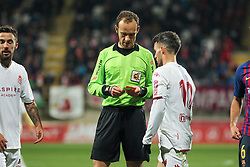October 31, 2018 - Leon, Leon, Spain - Referee in action during the King Spanish championship, , football match between Cultural Leonesa and Barcelona, October 31, in Reino de Leon Stadium in Leon, Spain. (Credit Image: © AFP7 via ZUMA Wire)