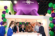 Koningin Máxima opent de Nationale Onderwijstentoonstelling in de Jaarbeurs in Utrecht. Dat doet zij samen met minister van Onderwijs Jet Bussemaker.<br /> <br /> Queen Máxima opens the National Education Exhibition in the Jaarbeurs in Utrecht  along with Education Minister Jet Bussemaker.