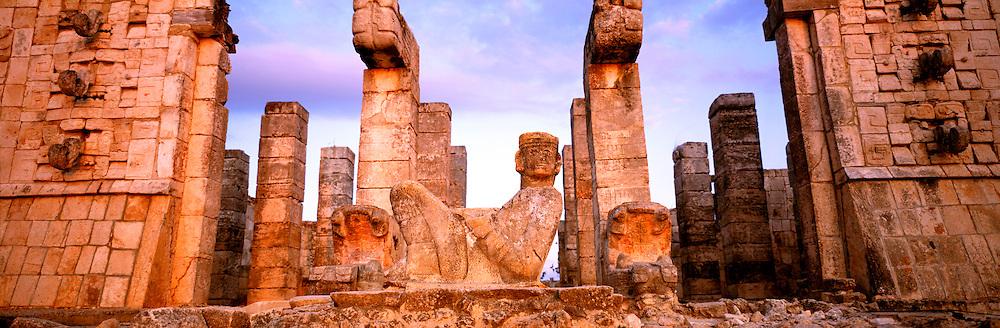 MEXICO, MAYAN, YUCATAN Chichén Itzá; 'Chac Mool' altar