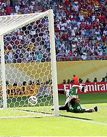 3:0 Tor Spanien per Elfmeter, Torwart Oleksandr Shovokovskyi Ukraine<br /> Fussball WM 2006 Spanien - Ukraine<br /> Spania - Ukraina <br />  <br /> Norway only