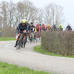 29-02-2020: Wielrennen: Ster van Zwolle: Zwolle<br />Op de dijk tussen Hasselt en Genemuiden