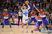 DESCRIZIONE : Campionato 2014/15 Dinamo Banco di Sardegna Sassari - Enel Brindisi<br /> GIOCATORE : David Logan<br /> CATEGORIA : Tiro Tre Punti Controcampo<br /> SQUADRA : Dinamo Banco di Sardegna Sassari<br /> EVENTO : LegaBasket Serie A Beko 2014/2015<br /> GARA : Dinamo Banco di Sardegna Sassari - Enel Brindisi<br /> DATA : 27/10/2014<br /> SPORT : Pallacanestro <br /> AUTORE : Agenzia Ciamillo-Castoria / Luigi Canu<br /> Galleria : LegaBasket Serie A Beko 2014/2015<br /> Fotonotizia : Campionato 2014/15 Dinamo Banco di Sardegna Sassari - Enel Brindisi<br /> Predefinita :