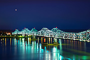 Natchez, Mississippi, Natchez-Vidalia Bridge, Two Twin Cantilever Bridges That Carry US Routes 65, 84 and 425 Across The Mississippi River, Connection between The States Of Mississippi And Louisiana