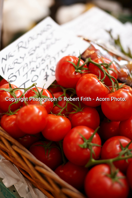 fresh tomatoes at Fremantle Markets, South Terrace