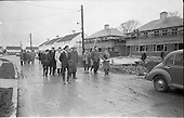 """1963 - Students from Bolton Street College of Technology visit """"Greenfield"""" Housing"""