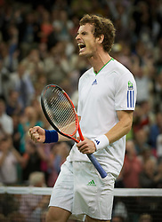 24.06.2011, Wimbledon, London, GBR, Wimbledon Tennis Championships, im Bild Andy Murray (GBR) celebrates winning the Gentlemen's Singles 3rd Round match on day five of the Wimbledon Lawn Tennis Championships at the All England Lawn Tennis and Croquet Club, EXPA Pictures © 2011, PhotoCredit: EXPA/ Propaganda/ *** ATTENTION *** UK OUT!