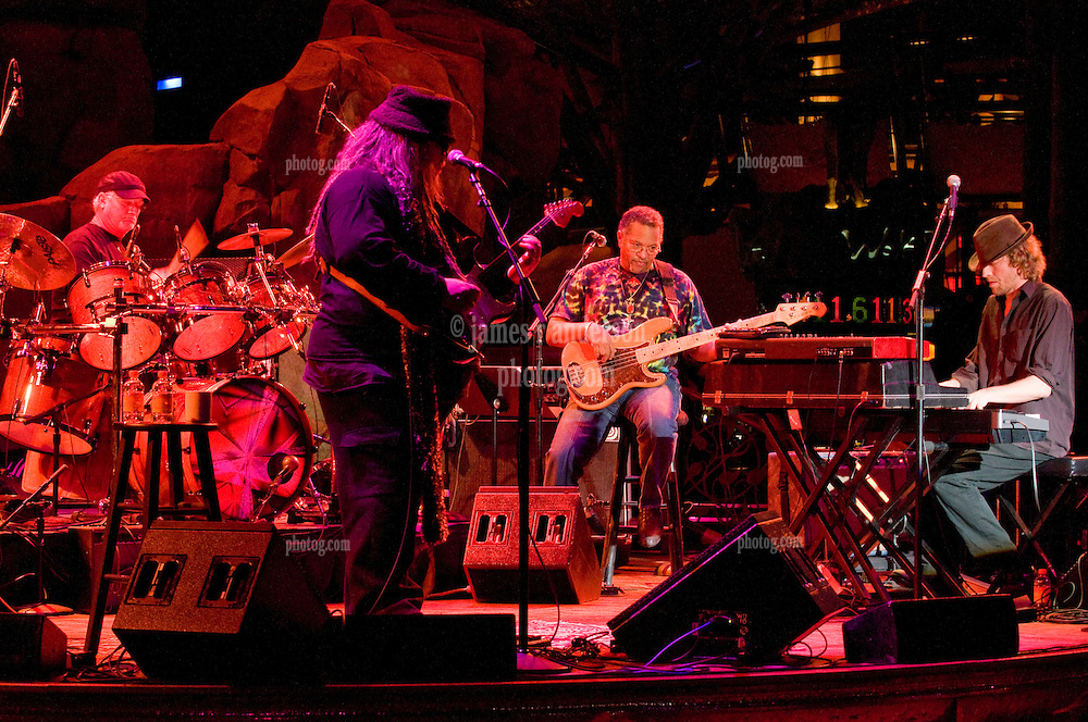 7 Walkers in Concert in The Wolfs Den at Mohegan Sun Casino on December 9, 2010