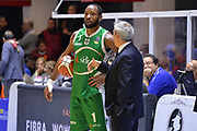 Wells Dezmine, Oldoini Massimiliano<br /> Happycasa Basket Brindisi - Sidigas Avellino<br /> Legabasket serieA 2017-2018<br /> Brindisi , 15/11/2017<br /> Foto Ciamillo-Castoria/ M.Longo