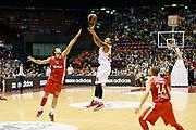 DESCRIZIONE : Milano Eurolega Euroleague 2013-14 EA7 Emporio Armani Milano Olympiacos Piraeus<br /> GIOCATORE : Curtis Jerrells<br /> CATEGORIA : Tiro Three Points<br /> SQUADRA : EA7 Emporio Armani Milano <br /> EVENTO : Eurolega Euroleague 2013-2014<br /> GARA : EA7 Emporio Armani Milano Olympiacos Piraeus<br /> DATA : 09/01/2014<br /> SPORT : Pallacanestro <br /> AUTORE : Agenzia Ciamillo-Castoria/G.Cottini<br /> Galleria : Eurolega Euroleague 2013-2014  <br /> Fotonotizia : Milano Eurolega Euroleague 2013-14 EA7 Emporio Armani Milano Olympiacos Piraeus<br /> Predefinita :