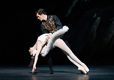 Royal Ballet Swan Lake 4th March 2020