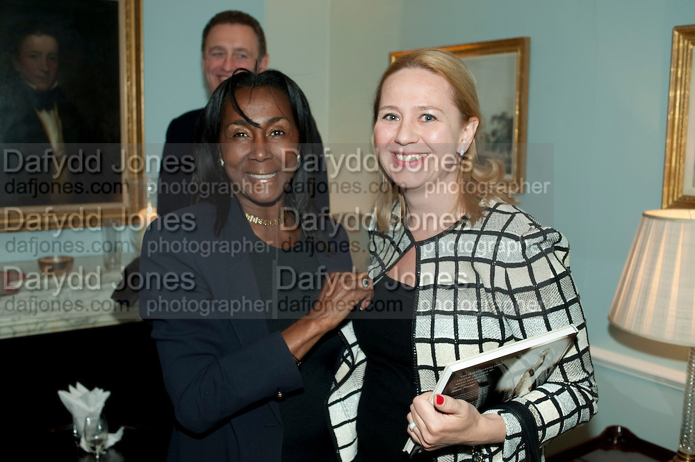TANYA PISKOVA; THERESA ROBERTS, Party Planning and Etiquette. Liz Brewer book launch,. Dukes hotel. St. James's. London. 10 June 2011. <br /> <br />  , -DO NOT ARCHIVE-© Copyright Photograph by Dafydd Jones. 248 Clapham Rd. London SW9 0PZ. Tel 0207 820 0771. www.dafjones.com.