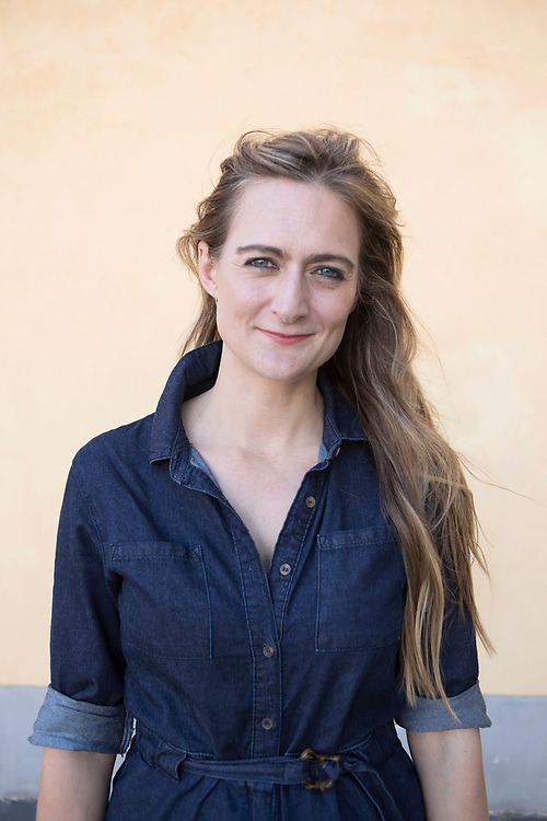 Perpignan, France, September 6, 2019. The/Swedish English photographer Anastasia Taylor-Lind at the Visa pour l'image festival. She has been working for leading editorial publications all over the world on issues relating to women, population and war for a decade. She is also a TED fellow. Anastasia has written about her experiences as a photojournalist for The New York Times, TIME LightBox, Nieman Reports and National Geographic.<br />Her first book MAIDAN – Portraits from the Black Square, which documents the 2014 Ukrainian uprising in Kiev, was published by GOST books the same year.<br />Anastasia's  work has been exhibited internationally, in spaces such as The Saatchi Gallery, The Frontline Club, and The National Portrait Gallery in London, and The New Mexico Museum of Modern Art in Santa Fe.<br /><br />Perpignan, Francia, 6 Settembre 2019. La fotografa Inglese Anastasia Taylor-Lind al festival Visa pour l'image. Anastasia ha collaborato come reporter per le più importanti riviste a livello internazionale documentando il mondo delle donne, conflitti e temi riguardanti la popolazione mondiale. E' socia TED e ha scritto della sua esperienza come fotogiornalista su The New York Times, TIME LightBox, Nieman Reports and National Geographic. Il suo primo libro MAIDAN – Portraits from the Black Square, è stato pubblicato da GOST nel 2014. Il lavoro di Anastasia è stato esposto internazionalmente in luoghi come The Saatchi Gallery, The Frontline Club, la The National Portrait Gallery a Londra, e il The New Mexico Museum of Modern Art in Santa Fe.