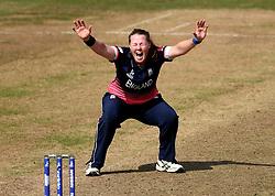 Anya Shrubsole of England Women appeals for an LBW - Mandatory by-line: Robbie Stephenson/JMP - 09/07/2017 - CRICKET - Bristol County Ground - Bristol, United Kingdom - England v Australia - ICC Women's World Cup match 19