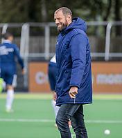 AMSTELVEEN - coach Jesse Mahieu (Pinoke)   voor  de hoofdklasse hockeywedstrijd mannen, Pinoke-Kampong (2-5) . COPYRIGHT KOEN SUYK