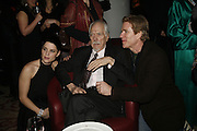 NEVE CAMPBELL, ROBERT ALTMAN AND MATHEW MODINE. The party for 'Resurrection Blues' following the opening at the Old Vic. The Riverbank Park Plaza Hotel, London.3 March 2006. ONE TIME USE ONLY - DO NOT ARCHIVE  © Copyright Photograph by Dafydd Jones 66 Stockwell Park Rd. London SW9 0DA Tel 020 7733 0108 www.dafjones.com