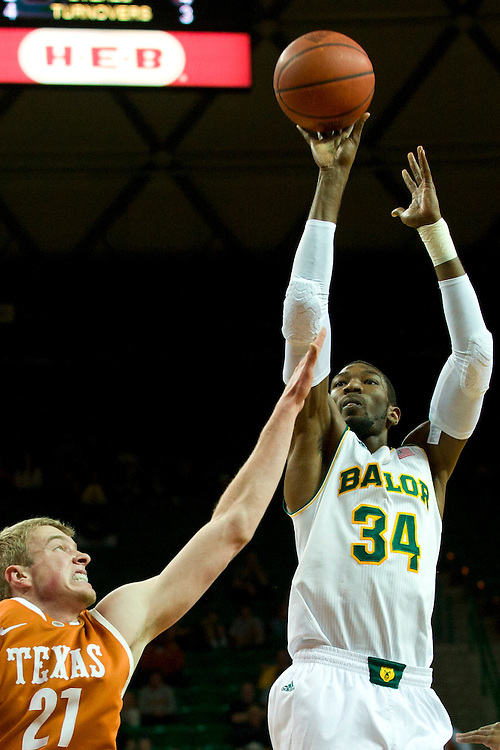 WACO, TX - JANUARY 25: Cory Jefferson #34 of the Baylor Bears shoots the ball against the Texas Longhorns on January 25, 2014 at the Ferrell Center in Waco, Texas.  (Photo by Cooper Neill/Getty Images) *** Local Caption *** Cory Jefferson