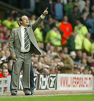 Photo: Aidan Ellis.<br /> Liverpool v West Ham Utd. The Barclays Premiership.<br /> 29/10/2005.<br /> Liverpool manager Raphael Benitez gives out instructions to his team