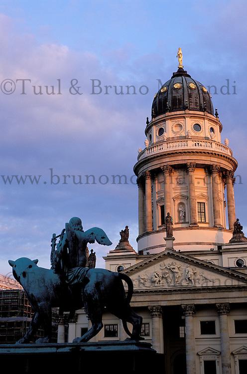 Allemagne, Berlin, Place Gendarmenmarkt // Gendarmenmarkt square, Berlin, Germany
