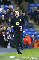 Photo: Mark Stephenson.<br />West Bromwich Albion v Leeds United. The FA Cup. 06/01/2007.<br />Tor Andre Flo warms up.