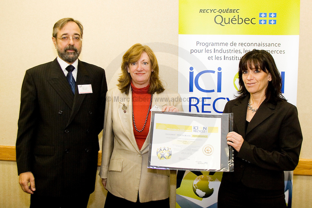 Cérémonie de remise d'attestations de performance ICI ON RECYCLE! Organisée par RECYC-QUÉBEC., , Québec, Canada, 2008, 05, 28, © Photo Marc Gibert / adecom.ca