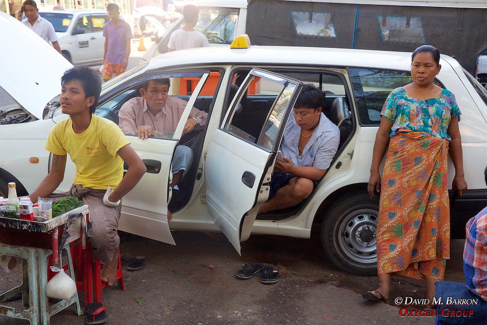 Taxi Driver & Vendors Near Gyee Zai Market