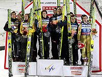 Hopp<br /> Harrachow Tsjekkia<br /> 10.12.2011<br /> Foto: Gepa/Digitalsport<br /> NORWAY ONLY<br /> <br /> FIS Weltcup, Teambewerb der Herren<br /> Bild zeigt Gregor Schlierenzauer, Thomas Morgenstern, David Zauner (AUT), Vegard Haukø Sklett, Anders Bardal, Bjørn Einar Romøren (NOR), Jernej Damjan, Robert Kranjec (SLO).