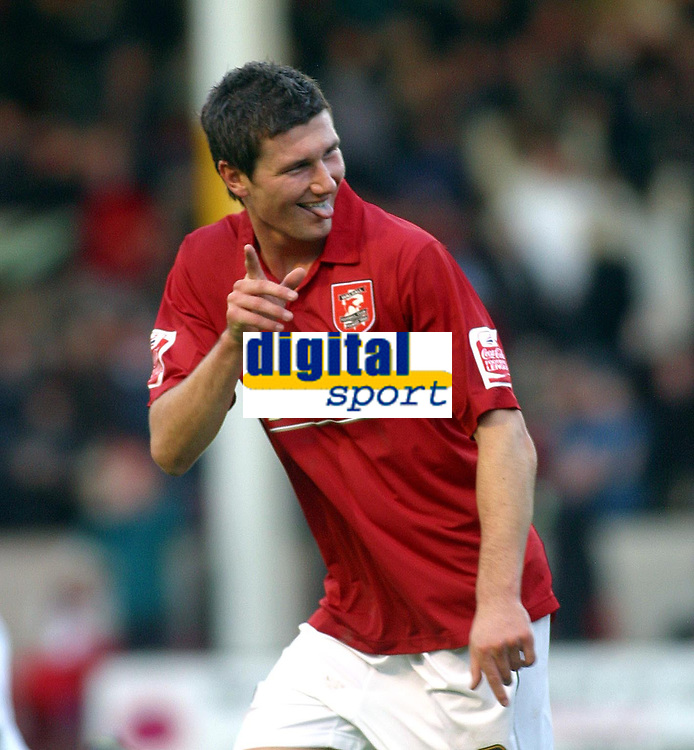 Photo: Dave Linney.<br />Walsall v Notts County. Coca Cola League 2. 25/11/2006.<br />Walsall new boy Tommy Wright celebrates after making it 1-0 to Walsall.