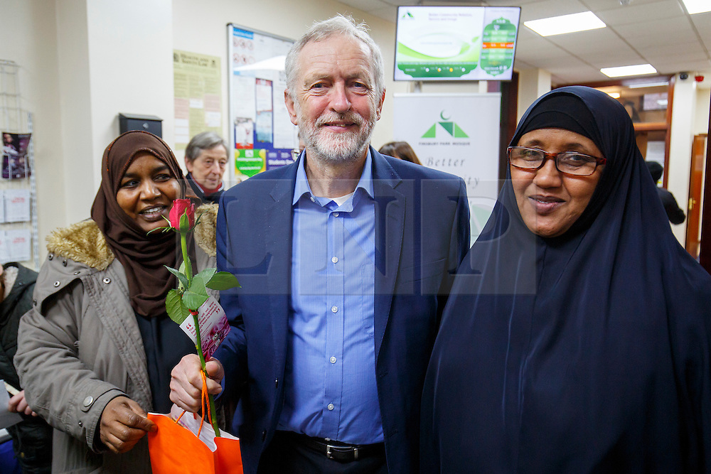 © Licensed to London News Pictures. 05/02/2017. London, UK. Labour leader JEREMY CORBYN poses for a picture with members of Finsbury Park Mosque in North London during his visit to the mosque on an open day. On Visit My Mosque Day over 150 mosques around the UK open their doors to the public, offering a better understanding of religion in effort to counter rising Islamophobia.  Photo credit: Tolga Akmen/LNP