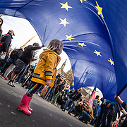 Un milione di persone hanno sfilato per le vie di Londra per protestare contro la Brexit.<br /> <br /> One million people marched through the streets of London to protest against Brexit.<br /> <br /> #6d, #photooftheday #picoftheday #bestoftheday #instadaily #instagood #follow #followme #nofilter #everydayuk #canon #buenavistaphoto #photojournalism #flaviogilardoni <br /> <br /> #london #uk #greaterlondon #londoncity #centrallondon #cityoflondon #londonuk #visitlondon<br /> <br /> #brexit #PutItToThePeople<br /> <br /> #photo #photography #photooftheday #photos #photographer #photograph #photoofday #streetphoto #photonews #amazingphoto #blackandwhitephoto #dailyphoto #funnyphoto #goodphoto #myphoto #photoftheday #photogalleries #photojournalist #photolibrary #photoreportage #pressphoto #stockphoto #todaysphoto #urbanphoto