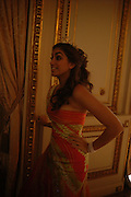 Sofia Barclay. Getting Ready for the 2005 Crillon Debutante Bal. Crillon Hotel, Paris. 25  November 2005. ONE TIME USE ONLY - DO NOT ARCHIVE  © Copyright Photograph by Dafydd Jones 66 Stockwell Park Rd. London SW9 0DA Tel 020 7733 0108 www.dafjones.com