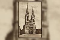 Zagreb : Katedrala. <br /> <br /> ImpresumZagreb : Naklada S. Marković, [1926].<br /> Materijalni opis1 razglednica : tisak ; 13,6 x 8,7 cm.<br /> NakladnikNaklada S. Marković<br /> Mjesto izdavanjaZagreb<br /> Vrstavizualna građa • razglednice<br /> ZbirkaGrafička zbirka NSK • Zbirka razglednica<br /> Formatimage/jpeg<br /> PredmetZagreb –– Kaptol<br /> Katedrala Uznesenja Marijina (Zagreb)<br /> SignaturaRZG-KAP-54<br /> Obuhvat(vremenski)20. stoljeće<br /> NapomenaRazglednica je putovala 1926. godine.<br /> PravaJavno dobro<br /> Identifikatori000955553<br /> NBN.HRNBN: urn:nbn:hr:238:748678 <br /> <br /> Izvor: Digitalne zbirke Nacionalne i sveučilišne knjižnice u Zagrebu