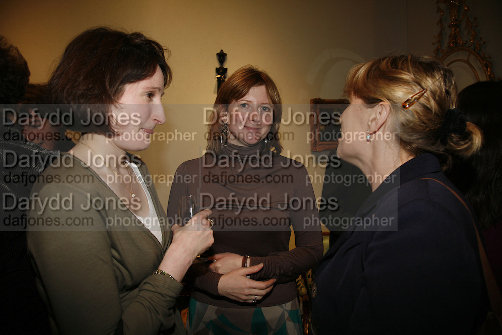 Frances osborne, Party to celebrate the publication of Too Close To The Sun: The Life and Times of Denys Finch Hatton by Sara Wheeler, Christies. King St. St. James. London. 9 March 2006. ONE TIME USE ONLY - DO NOT ARCHIVE  © Copyright Photograph by Dafydd Jones 66 Stockwell Park Rd. London SW9 0DA Tel 020 7733 0108 www.dafjones.com